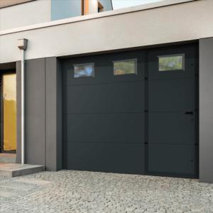 porte garage sectionnelle lisse portillon integré avec hublots AMBRE